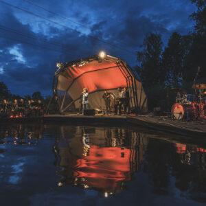 """Liepāja Lake Music šovasar piedāvās """"Sudden Lights"""", Samantas Tīnas & LMO un  temperamentīgas tango mūzikas koncertus"""